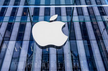 Apple Tops Sales Estimates on Services Growth and iPhone Stability