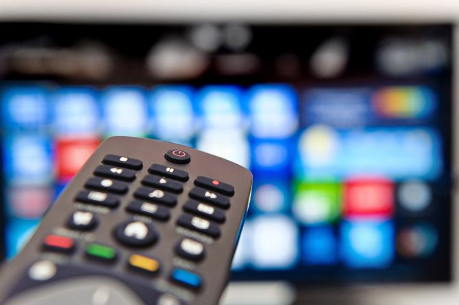Advertisers Tuning Out TV in Sign of Trouble for Media Companies