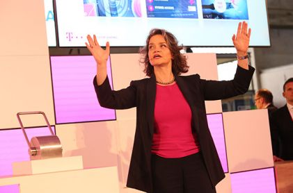 Deutsche Telekom Tests 5G in Real Life in the Berlin Center
