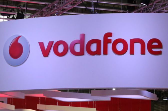 Vodafone Achieves First 5G Data Connection in Italy