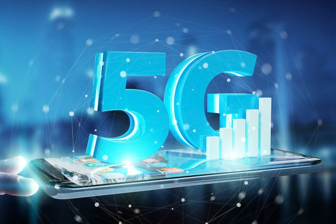 CES 2019: Wireless Companies Put Their Big 5G Gambles on Display