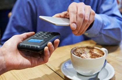 Apple Pay Overtakes Starbucks as Top Mobile Payment App in the US